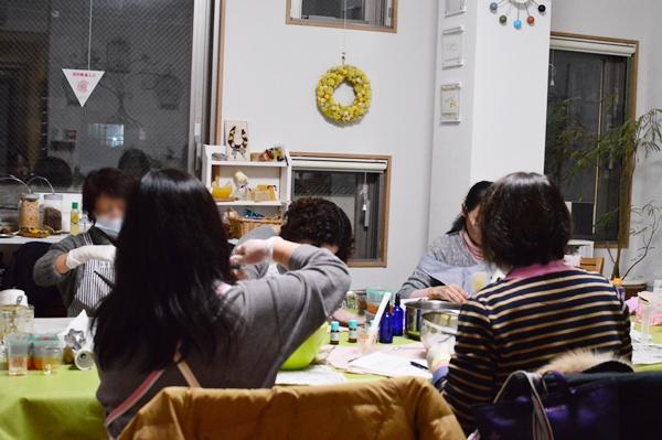 夜のアロマ石鹸教室